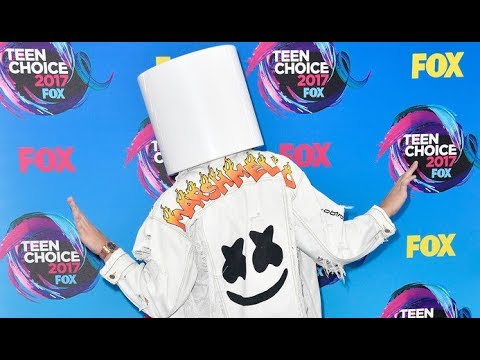 Marshmello Shows His Love for LOGAN PAUL at Teen Choice 2017