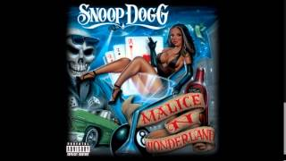 Snoop Dogg Ft Terrace Martin & Tone Trezure   Let