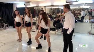 Chuyện Rap Việt: Thương cho Karik, 10 phút trước giờ diễn vẫn chật vật tập nhảy | RAP VIỆT