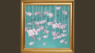 Play Pigs In The Sky