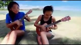 cewek seksi bermain gitar #skill dewa