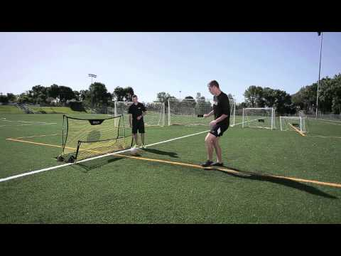 Video: Filet de rebond SKLZ® Quickster Soccer Trainer