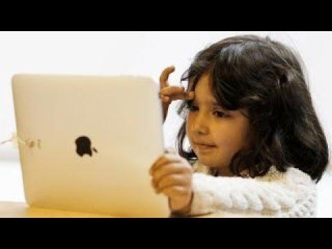 Apple investors urge action against child gadget addiction
