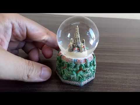 Thailand Bangkok Souvenir Wat Arun Snow Globe Collectible
