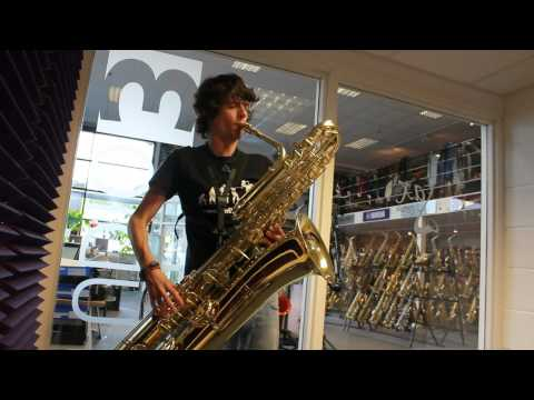 Sakkusu Bass Saxophone - Sax.co.uk