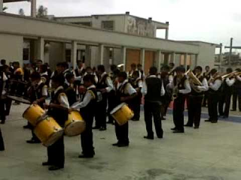 Banda de Guerra y Musica Mariano Melgar tema caballo viejo