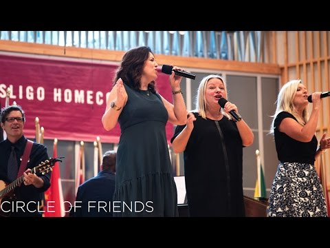 Point Of Grace: Circle Of Friends (Live in...