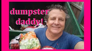 DUMPSTER DIVING AT ALDI ~ JUST MAKING OUR DAILY GROCERY RUN!  FREE FOOD FREE FOOD FREE FOOD!