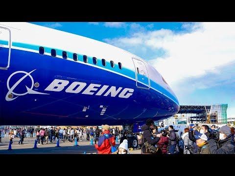 [4K]AIRCRAFT MOVING EVENT ボーイング787の大移動 間近で写真撮影