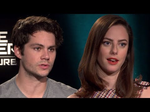 Maze Runner Cast Talks First Time They Met & Plays Fill In The Blank