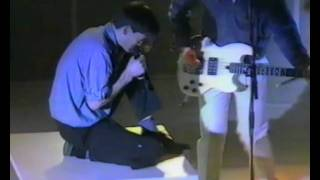 the Undertones - Get Over You (live 1983)