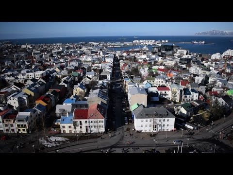 Iceland's strong krona a curse for tourism, fisheries