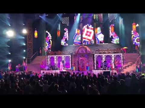 Classic Cher - Las Vegas 2017 (Live Complet)