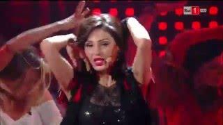Anna Tatangelo omaggia Madonna - I migliori anni 13/05/2016