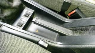 Как натянуть ручник на Volvo 940.