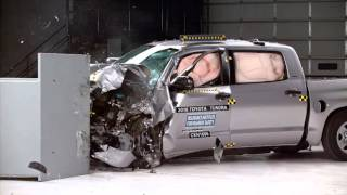 2014-2018 Toyota Tundra Crewmax IIHS Narrow-Overlap Crash Test
