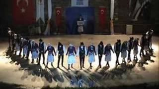 Koufolk Trabzon Ekibi 2007-2008 Türkiye Dördüncüsü - Kocaeli Üniversitesi Folklor Kulübü Trabzon Ekibi Üniversiteler Arası Türkiye Finali dördüncüsü, Marmaris-Muğla.