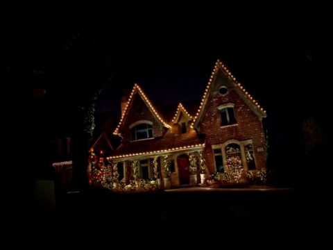 Commercial Christmas Light Installation Aurora IL | Retail, Industrial  Holiday Light Company