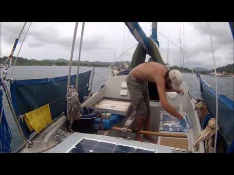 Work and fun in Panama, Sailing Comino 33