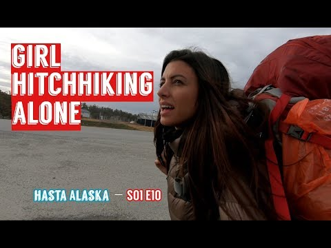 Solo girl hitchhiking adventures // From Ushuaia to Punta arenas// S01 E10