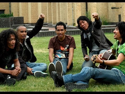 slank-terlalu-manis-official-music-video