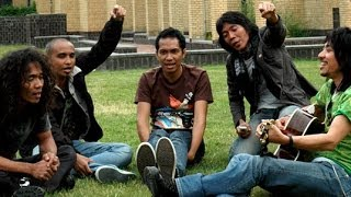 [4.23 MB] Slank - Terlalu Manis (Official Music Video)