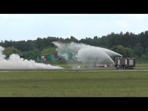 Piknik lotniczy Świdwin 2013 - PZL M18 Dromader