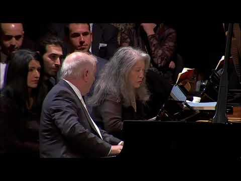 Barenboim & Argerich : Mozart Sonata for Two Pianos, K.448