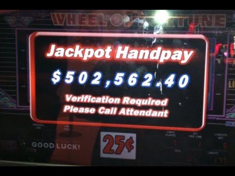 Progressive jackpot slot win