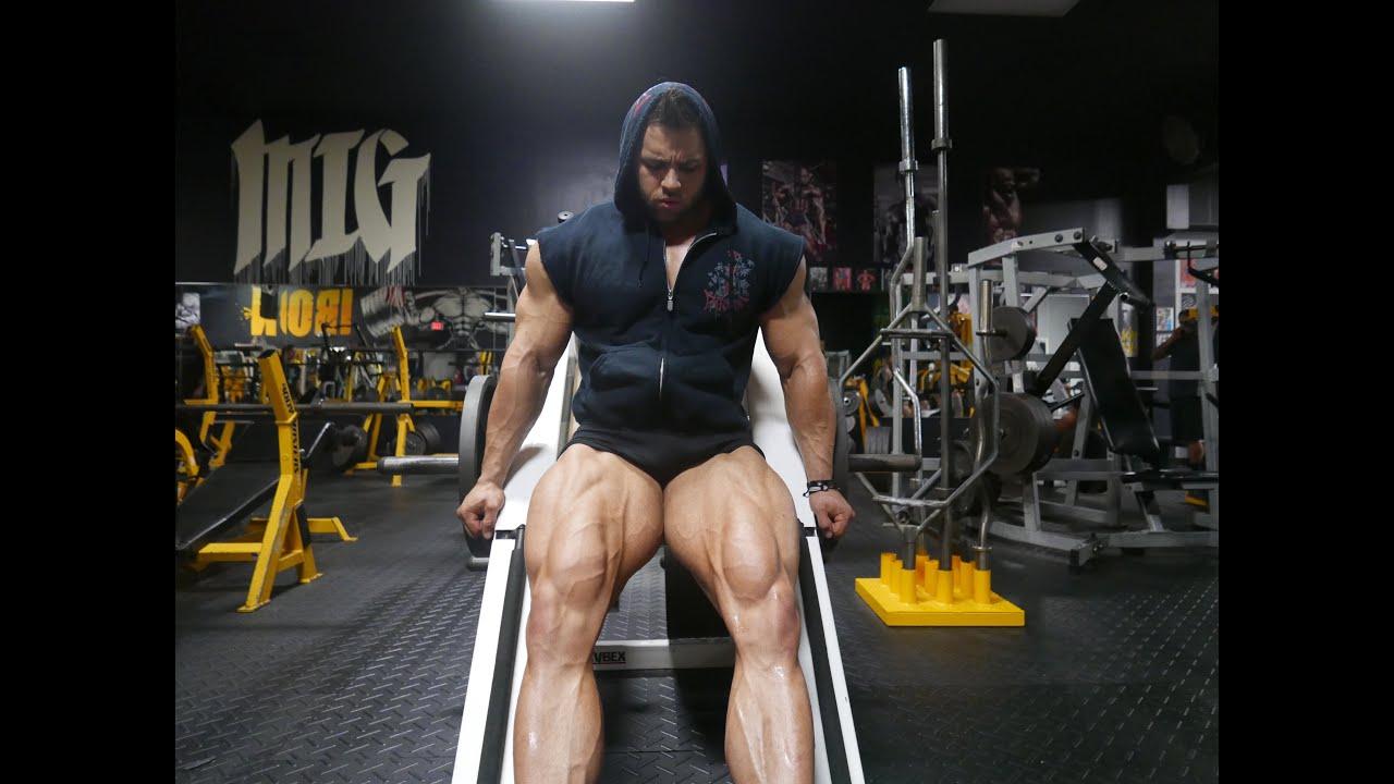 Bodybuilding - Leg Day with IFBB PRO Regan Grimes - YouTube