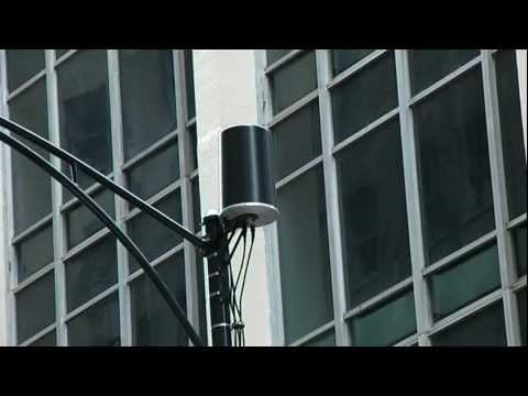 Sudden appearance of new 4G cellular towers cause stir at Occupy Chicago