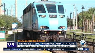 Palm Beach County deputies crack down on illegal train crossings by drivers, pedestrians