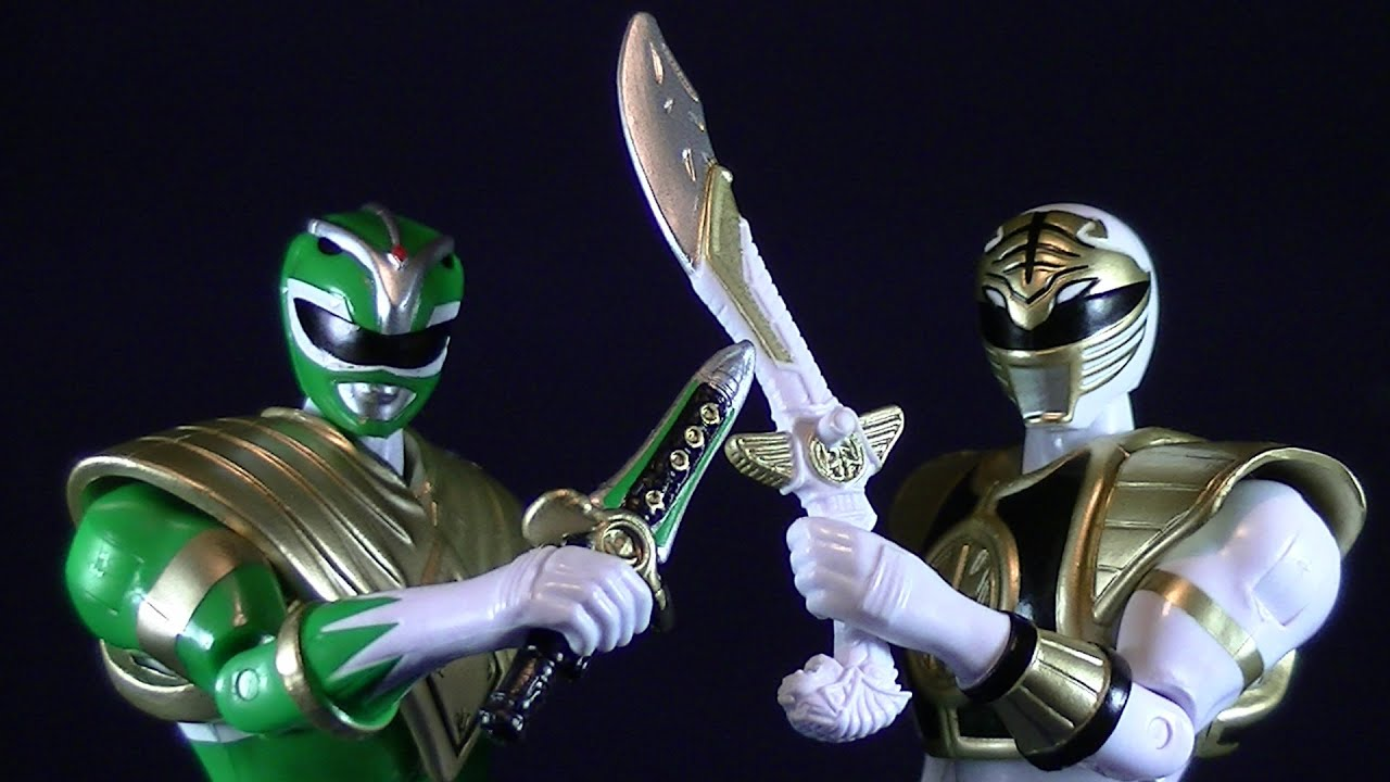 MIGHTY MORPHIN POWER RANGERS GREEN AND WHITE RANGER LEGACY ...
