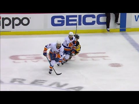 Eberle makes contact with Crosby's head moments before scoring
