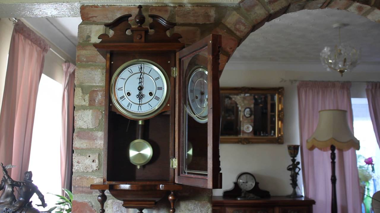Vintage lincoln 31 day wall clock youtube vintage lincoln 31 day wall clock amipublicfo Image collections