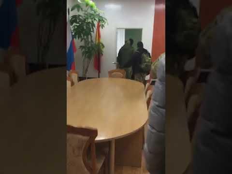 Сотрудники ФСБ пришли за начальником отдела полиции по Новоусманскому району