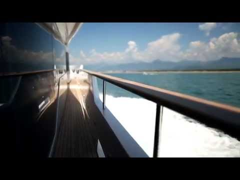 Yachting Pages introduces the new DREAMLINE 26 LONG RANGE 2014