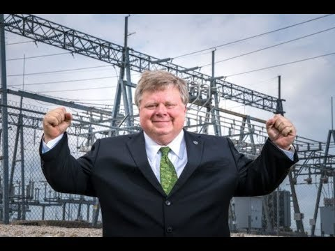 Republican Mayor Moves Town To 100% Green Energy