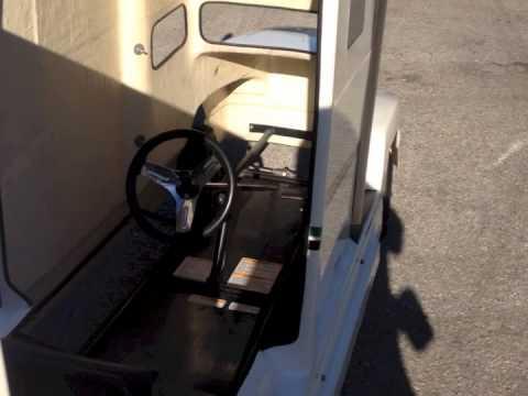 freightliner mini semi tractor trailer go kart youtube. Black Bedroom Furniture Sets. Home Design Ideas