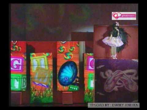 KONSER KOTAK MUSIK GITA GUTAWA - Ayo (Come On) & Doo Bee Doo