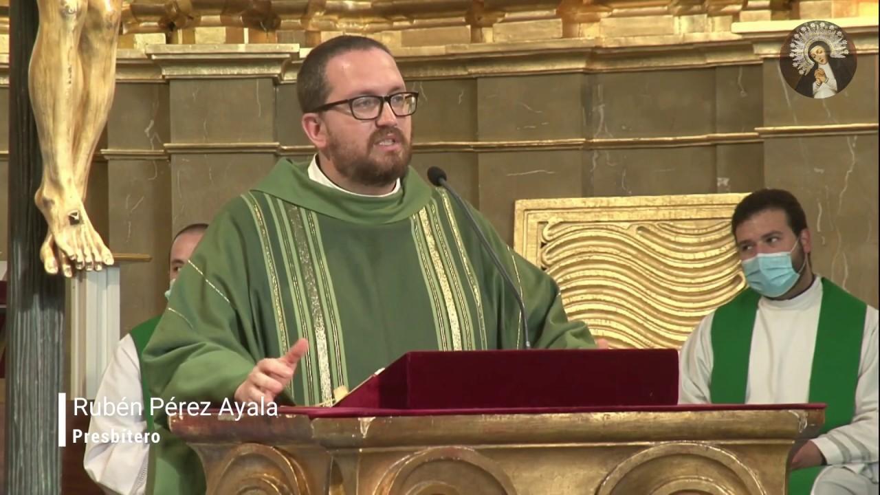 Primera Homilía de Rubén Pérez Ayala, acogida del párroco e himno a la Virgen de la Paloma