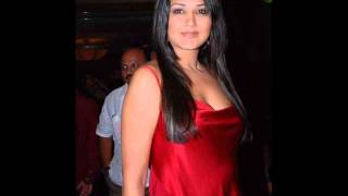 Sonali Bendre height and weight