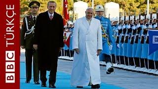 Papa Francesco Ankara'da törenle karşılandı - BBC TÜRKÇE