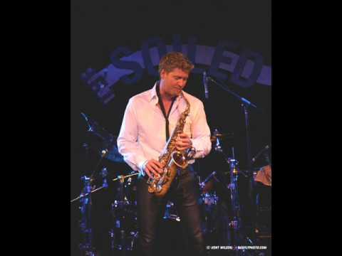 Michael Lington - Harlem Nocturne (saxofon)