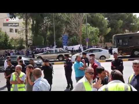 جانب من اعتصام موظفي -البلديات- للمطالبة بحقوق وظيفية  - 12:55-2018 / 10 / 9