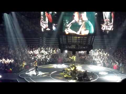Muse - Reapers w/ Matt Booting Guitar Offstage @ Valley View Casino Center, San Diego 2016-1-7