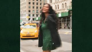 EASHA - Manic Pixie Dream Girl (Official Audio)