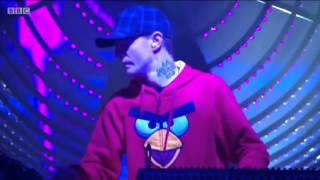deadmau5 ft Grabbitz - Blood For The Bloodgoat (Glastonbury 2015)