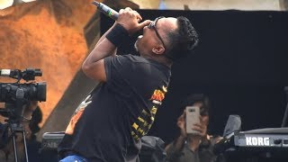 Download TRISON (ex-EDANE Vocal) - Kau Pikir Kaulah Segalanya [Live] @ MUSIK UNTUK REPUBLIK Festival 2019