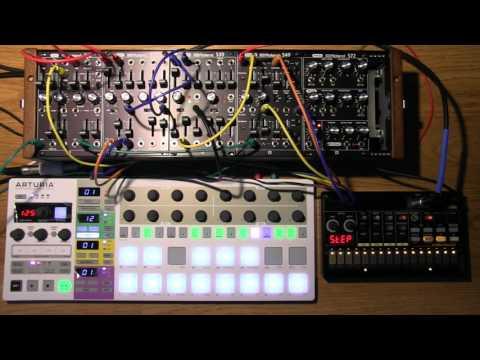 Roland System 500 + Arturia Beatstep Pro + Volca Beats